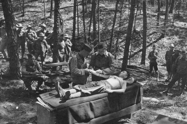 Students recieve training in field first aid